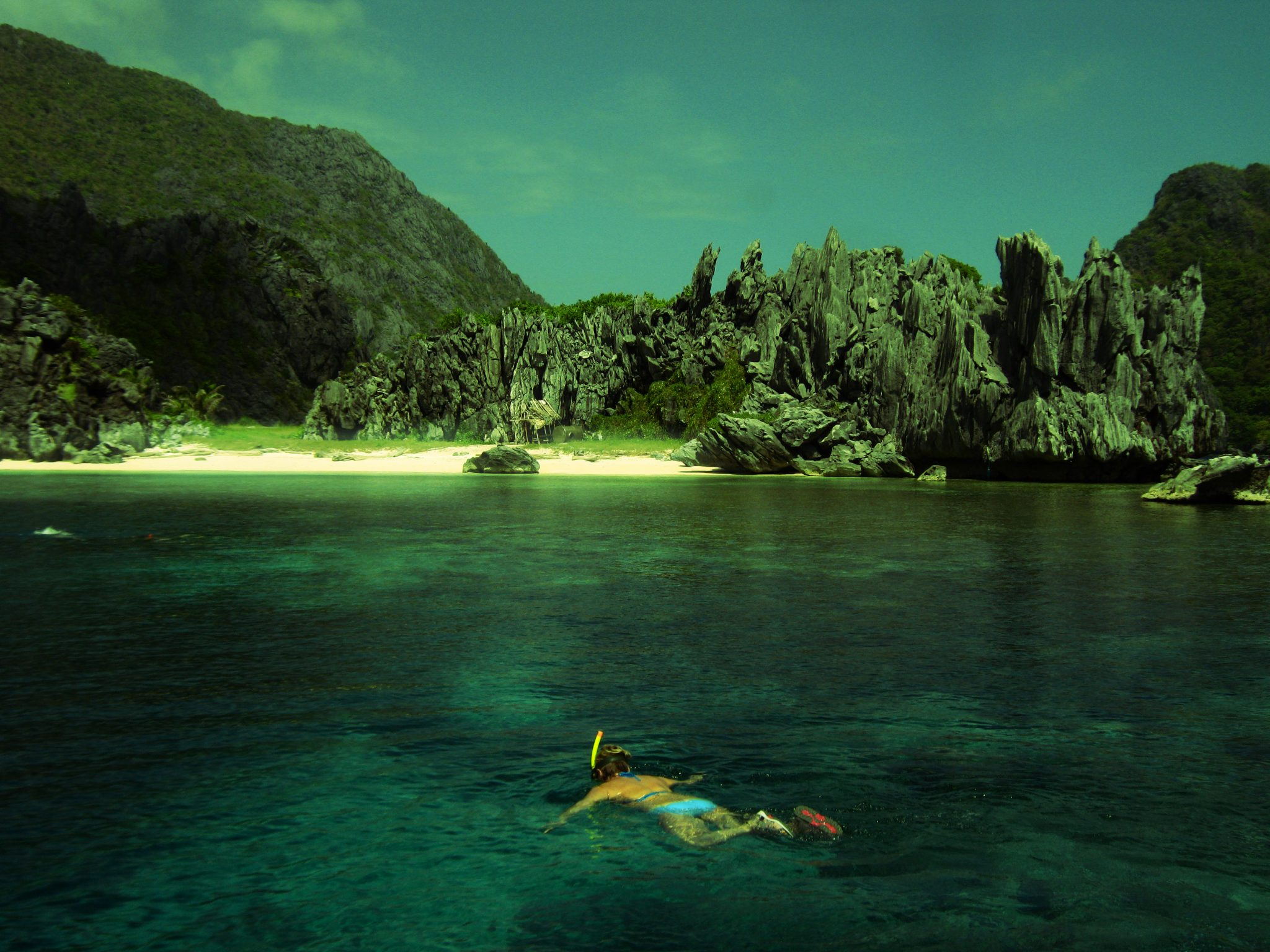 Snorkeling is more fun in El Nido.