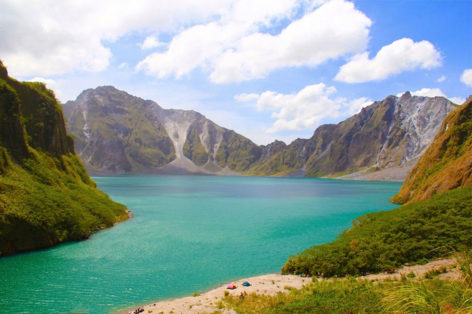 The fascinating view of Mt. Pinatubo. Photo by Jon Calumpit