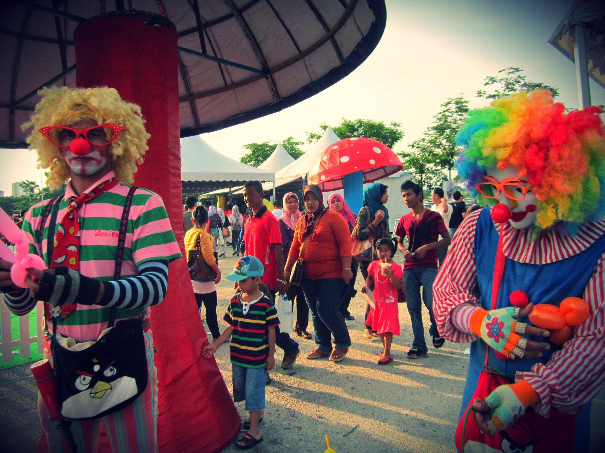 I love Clowns! :)